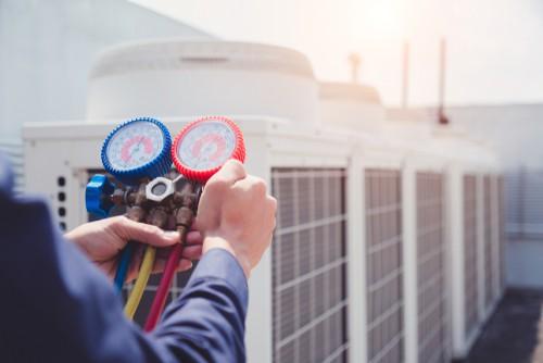 Checking aircon condenser